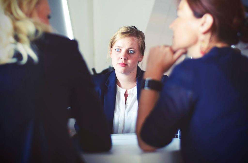 10 - Konflikte am Arbeitsplatz, Konflikte mit Kollegen, Ursachen von Konflikten, Konflikte lösen, schwieriger Kollege, schwierige Führungskraft, Ärger mit Kollegen, Überforderung im Job2